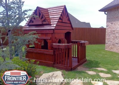 Dallas Texas Fence Staining & Cleaning Frontier Fence and Stain